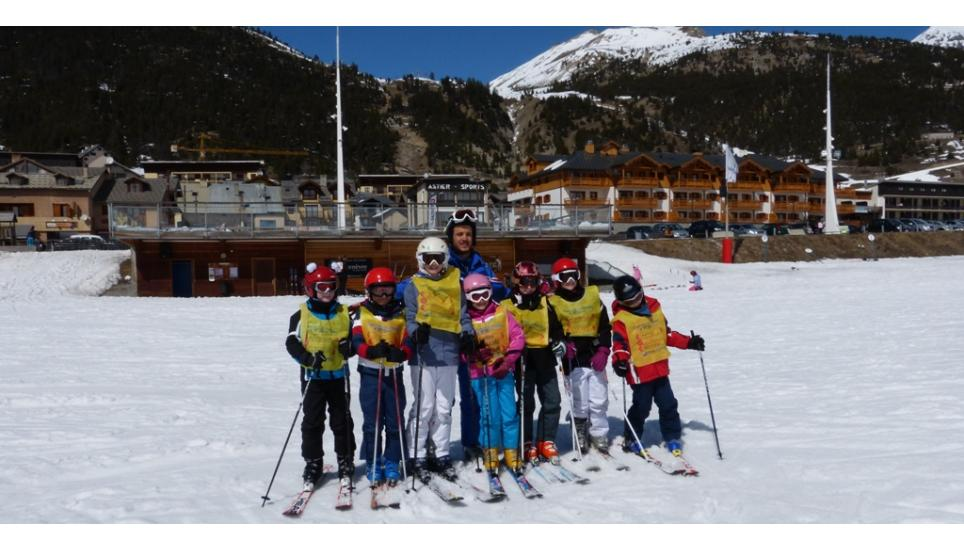 TEST DI FINE CORSI SCI SNOWBOARD A MONGINEVRO PROMOSSI DA VALANGA AZZURRA TORINO